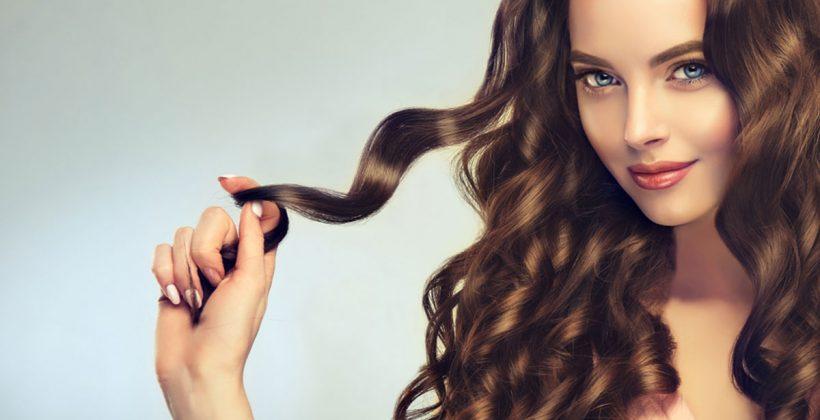 كيفية تكثيف الشعر وتغذيته بالطرق والوصفات الطبيعية