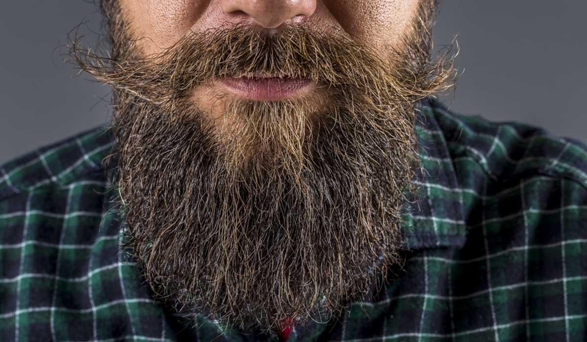 أضرار زراعة شعر الذقن